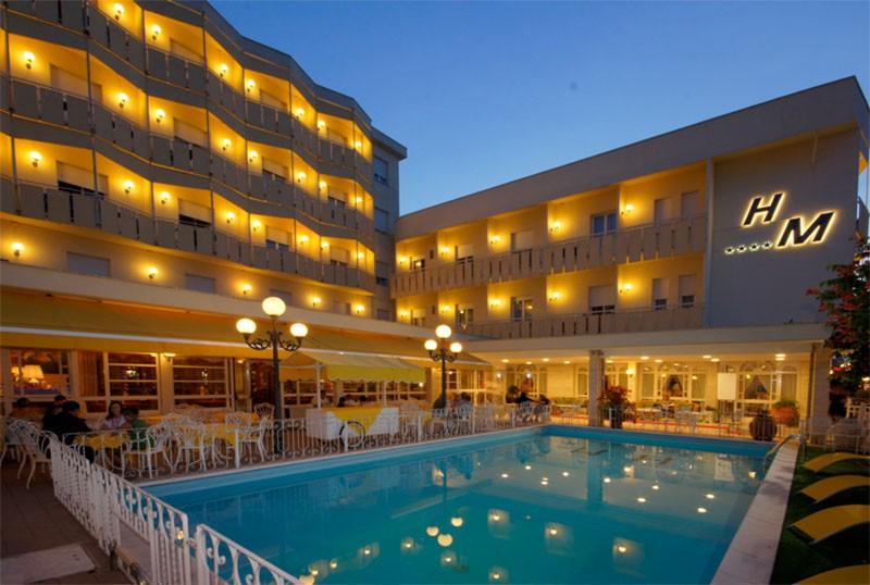 Hotel con piscina sul mare a bellaria hotel miramare 4 stelle - Hotel con piscina bellaria ...